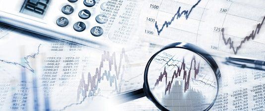 Eine Kreditvermittlung bietet bei der Kreditsuche gegenüber der Hausbank zahlreiche Vorteile